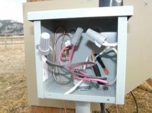 З'єднуючі ковпачки. Фото з сайту electricalschool.info