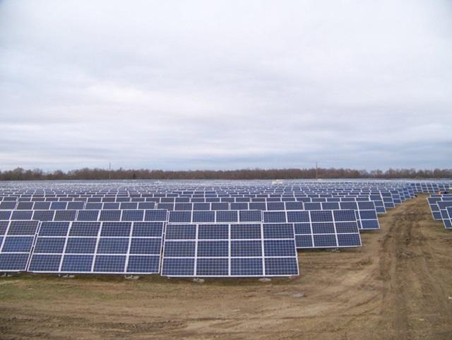 Готова до генерації електроенергії сонячна станція